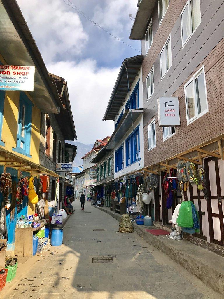 Lukla main street
